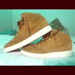 "air-jordan 1 retro high OG ""wheat"""